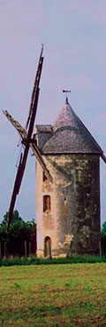 A country windmill