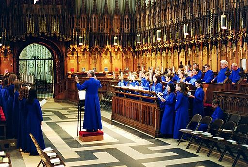 Evensong in York Minster (By Allan Engelhardt (Flickr) [CC BY-SA 2.0 (http://creativecommons.org/licenses/by-sa/2.0)], via Wikimedia Commons)